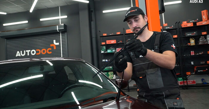 How to replace AUDI A3 Hatchback (8L1) 1.9 TDI 1997 Wiper Blades - step-by-step manuals and video guides