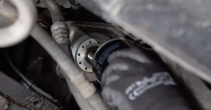 Austauschen Anleitung Ölfilter am Audi A3 8l1 1998 1.9 TDI selbst
