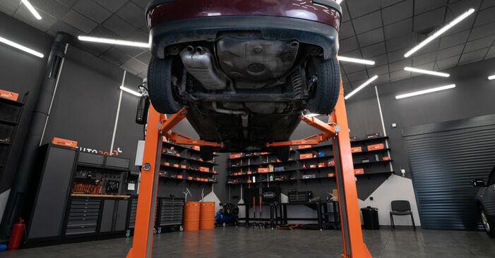 AUDI A3 S3 1.8 quattro Kraftstofffilter ausbauen: Anweisungen und Video-Tutorials online