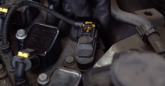 Ako vymeniť Zapalovacia sviečka na ABARTH 500 / 595 / 695 Hatchback (312_) 2020 – tipy a triky