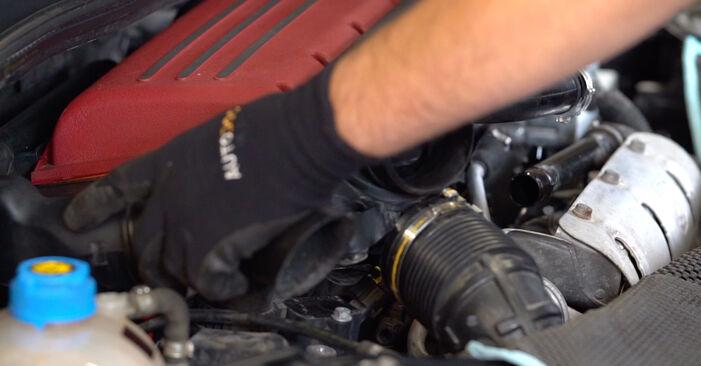 Svojpomocná výmena Zapalovacia sviečka na ABARTH 500 / 595 / 695 Hatchback (312_) 1.4 (312.AXY11, 312.AXY1A) 2011