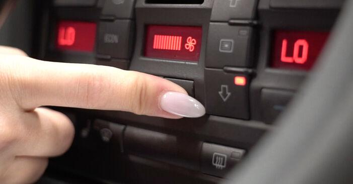 A4 Limousine (8EC, B7) 2.0 2005 1.9 TDI Innenraumfilter - Handbuch zum Wechsel und der Reparatur eigenständig