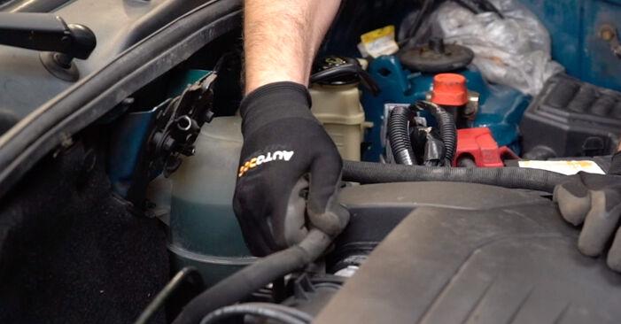 Renault Kangoo kc01 1.4 1999 Spark Plug replacement: free workshop manuals