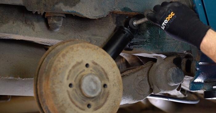 Austauschen Anleitung Stoßdämpfer am Renault Kangoo kc01 2007 D 65 1.9 selbst