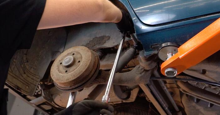 Stoßdämpfer Ihres Renault Kangoo kc01 D 65 1.9 2005 selbst Wechsel - Gratis Tutorial