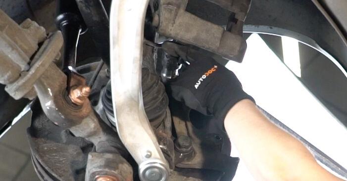 Zweckdienliche Tipps zum Austausch von Bremsscheiben beim AUDI A4 Limousine (8EC, B7) 2.0 TDI 2008