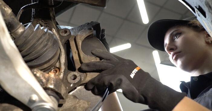 Kiek užtrunka keitimas: Audi A4 B7 Sedanas 2007 Stabdžių diskas - informatyvi PDF instrukcija