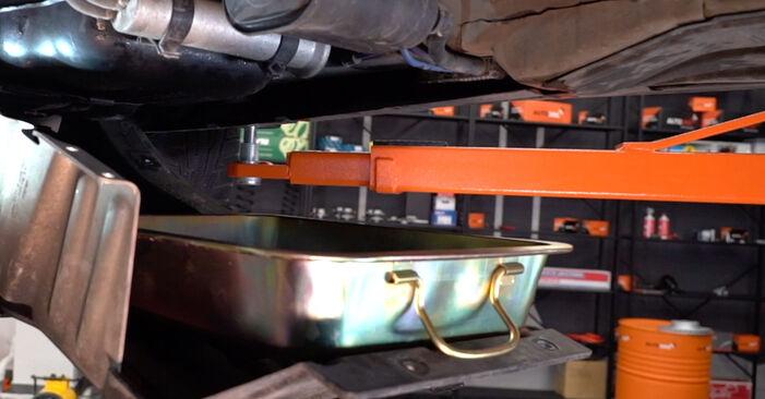 BMW X5 4.8 is Kraftstofffilter ausbauen: Anweisungen und Video-Tutorials online