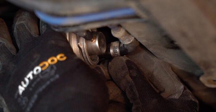 Wie Kraftstofffilter BMW X5 (E53) 3.0 i 2001 austauschen - Schrittweise Handbücher und Videoanleitungen