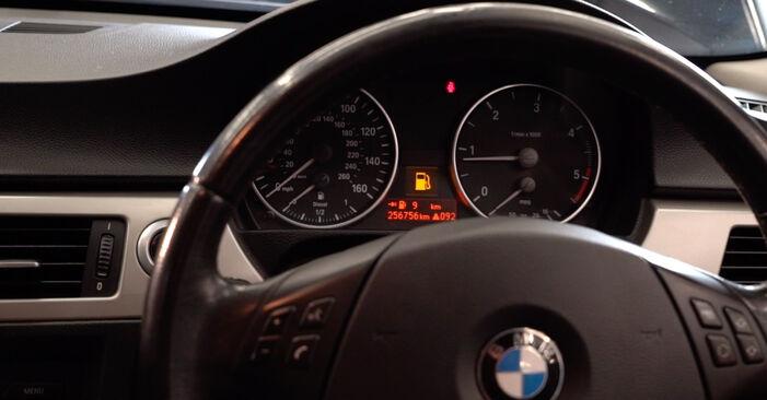 Wie lange benötigt das Auswechseln der Teile: Kraftstofffilter beim BMW E90 2008 - Detailliertes PDF-Tutorial