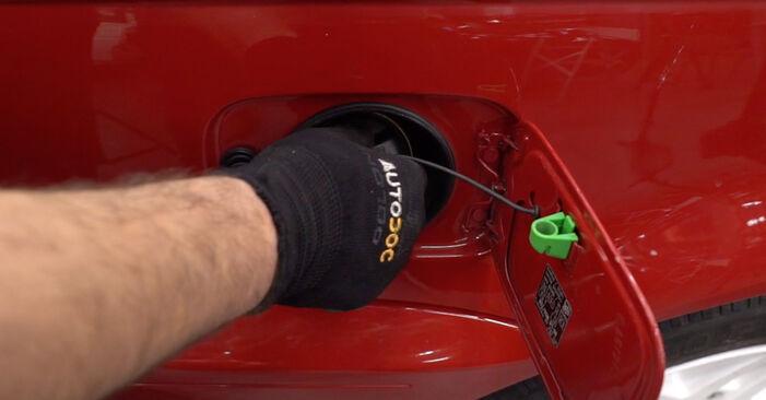 Patstāvīga BMW 3 Cabrio (E46) 318Ci 2.0 2001 Degvielas filtrs nomaiņa
