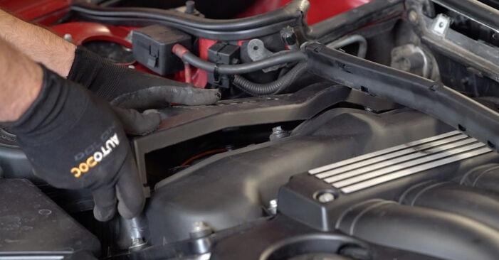 3 Cabrio (E46) 323Ci 2.5 2001 320Ci 2.2 Zündkerzen - Handbuch zum Wechsel und der Reparatur eigenständig