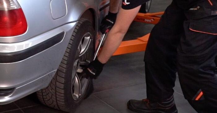 Remplacer Amortisseurs sur BMW 3 Touring (E46) 2000 320d 2.0 par vous-même
