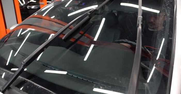 BMW 3 Touring (E46) 320i 2.2 2000 Scheibenwischer wechseln: Gratis Reparaturanleitungen