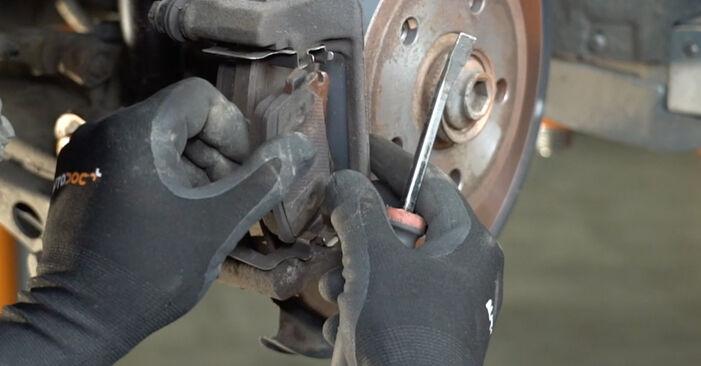A4 Limousine (8EC, B7) 2.0 2005 1.9 TDI Bremsscheiben - Handbuch zum Wechsel und der Reparatur eigenständig