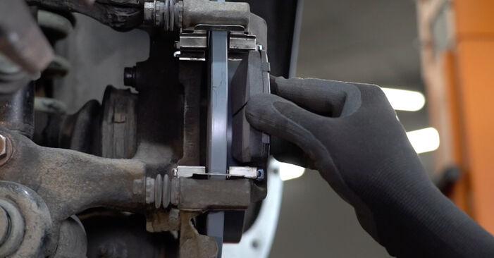 Wie Bremsbeläge AUDI A4 Limousine (8EC, B7) 1.9 TDI 2005 austauschen - Schrittweise Handbücher und Videoanleitungen