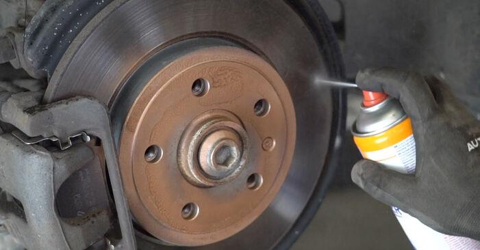 Cik grūti ir veikt Amortizators nomaiņu Audi A4 B7 Sedan 2.0 TFSI 2005 - lejupielādējiet ilustrētu ceļvedi