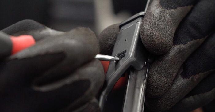 FIAT BRAVO II (198) 1.6 D Multijet 2008 Essuie-Glaces remplacement : manuels d'atelier gratuits