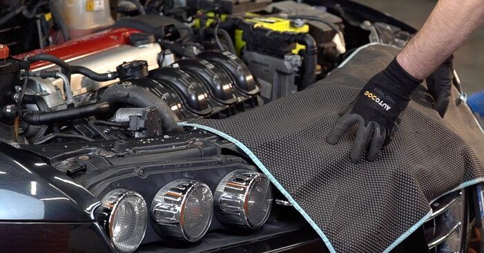 Alfa Romeo 159 Sportwagon 2010 2.4 JTDM (939.BXM1B) Olajszűrő csináld magad csere - javaslatok lépésről lépésre