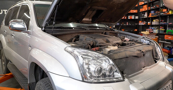 How to change Fuel Filter on Toyota Prado J120 1995 - free PDF and video manuals