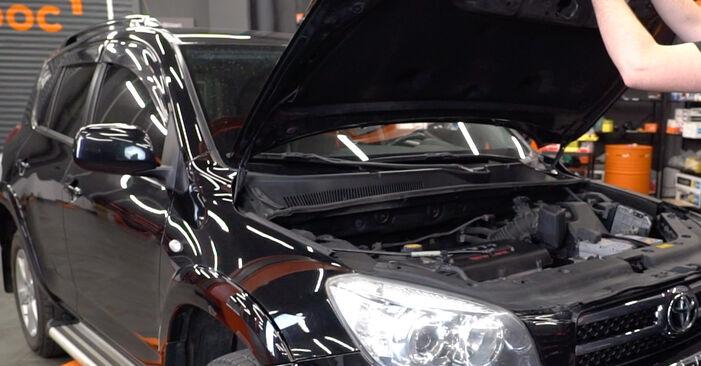 Como trocar Vela de Ignição no Toyota RAV4 III 2000 - manuais gratuitos em PDF e vídeo
