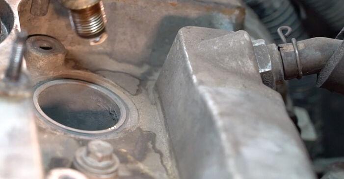 Substituindo Vela de Ignição em Toyota RAV4 III 2004 2.2 D 4WD (ALA30_) por si mesmo