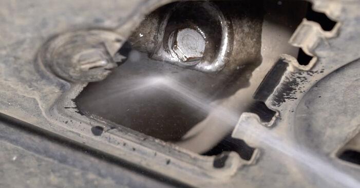 Wie Ölfilter BMW E92 335i 3.0 2001 tauschen - Kostenlose PDF- und Videoanleitungen