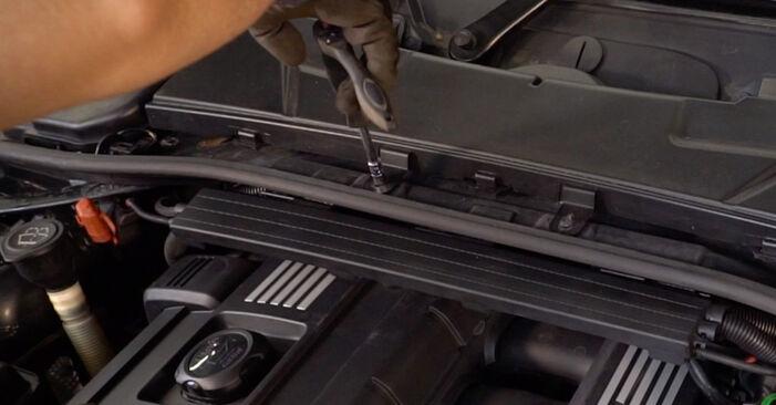 BMW E92 320d 2.0 2003 Zündkerzen wechseln: Gratis Reparaturanleitungen