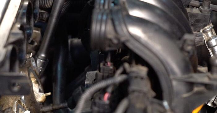 Udskiftning af Tændrør på Golf 4 1998 1.4 16V ved gør-det-selv indsats