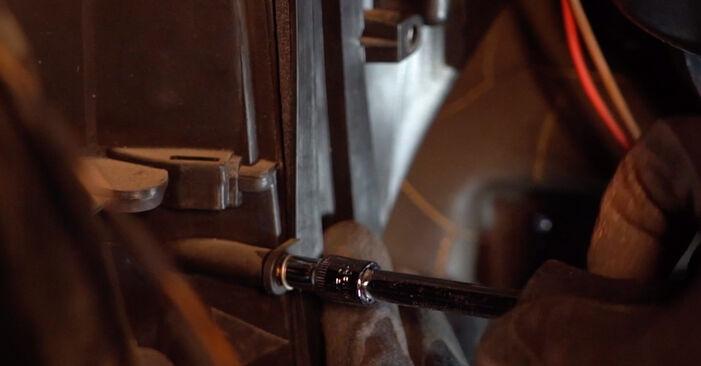 Astra G CC (T98) 1.7 DTI 16V (F08, F48) 2009 Levegőszűrő csináld magad csere szervizelési útmutató