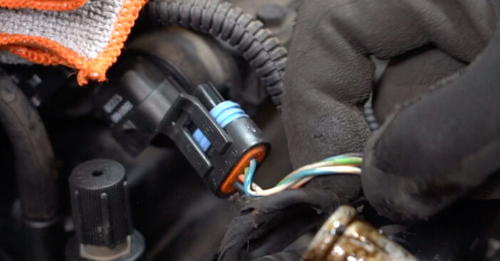 Need to know how to renew Spark Plug on FIAT PUNTO ? This free workshop manual will help you to do it yourself