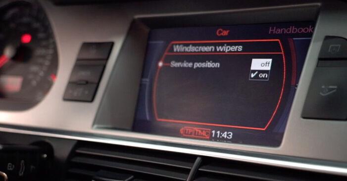 Kaip pakeisti Valytuvo gumelė AUDI A6 Sedanas (4F2, C6) 2009: atsisiųskite PDF instrukciją ir vaizdo pamokas