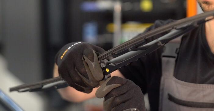 Scheibenwischer Peugeot 206 cc 2d 1.6 HDi 110 2000 wechseln: Kostenlose Reparaturhandbücher