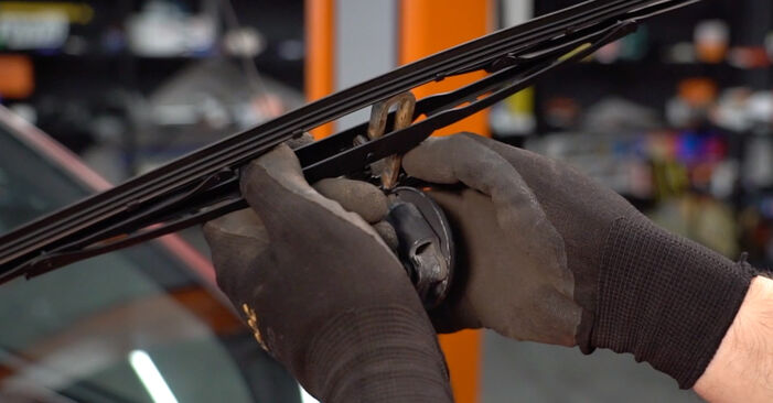 Changing Wiper Blades on RENAULT TWINGO I (C06_) 1.2 LPG 1996 by yourself