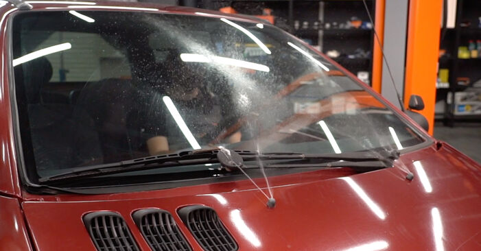 How to remove RENAULT TWINGO 1.2 1997 Wiper Blades - online easy-to-follow instructions