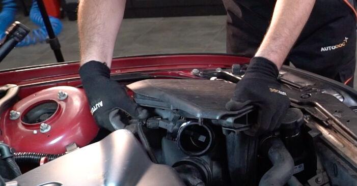 Kā nomainīt Gaisa filtrs BMW 3 Convertible (E46) 1998 - bezmaksas PDF un video rokasgrāmatas
