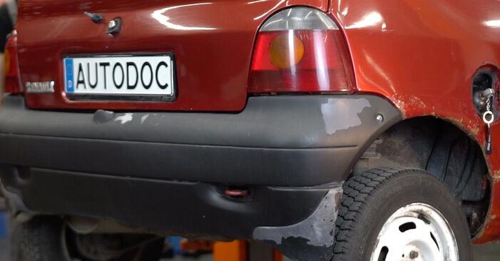 Twingo c06 1.2 16V 1995 Kraftstofffilter wechseln: Gratis Reparaturanleitungen