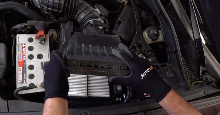 Luftfilter Honda Accord VIII CU 2.4 i (CU2) 2010 wechseln: Kostenlose Reparaturhandbücher