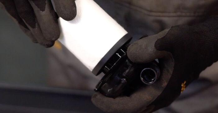 Patstāvīga Opel Corsa C 2000 1.2 (F08, F68) Degvielas filtrs nomaiņa