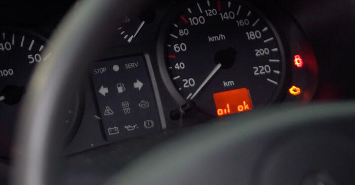 Priporočila korakov za DIY zamenjavo Renault Clio 2 2011 1.4 Oljni filter