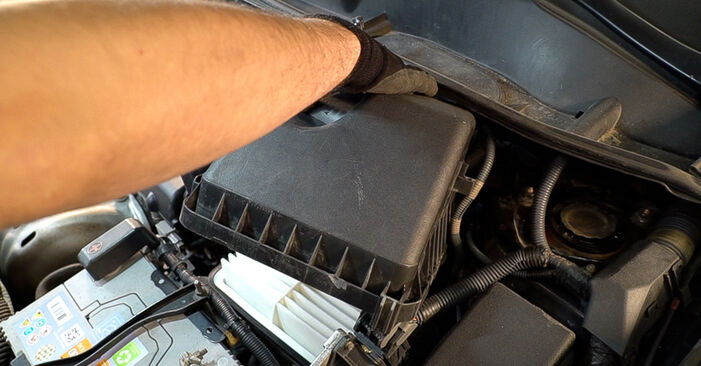 Replacing Air Filter on Toyota RAV4 III 2006 2.2 D 4WD (ALA30_) by yourself