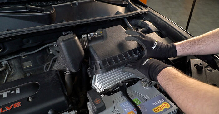 Changing Air Filter on TOYOTA RAV 4 III (ACA3_, ACE_, ALA3_, GSA3_, ZSA3_) 2.0 4WD (ZSA30_) 2008 by yourself