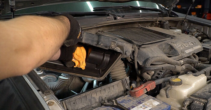 How to replace Air Filter on TOYOTA LAND CRUISER (KDJ12_, GRJ12_) 2007: download PDF manuals and video instructions