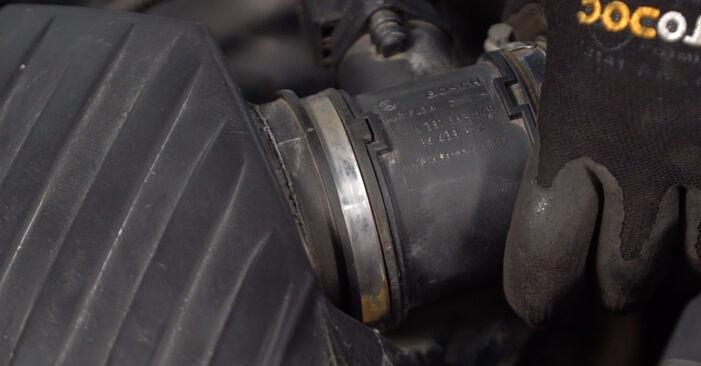 Consigli passo-passo per la sostituzione del fai da te Opel Corsa C 2003 1.7 DTI (F08, F68) Filtro Aria