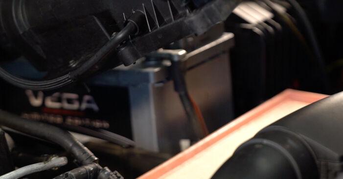 Svépomocná výměna Vzduchovy filtr na VW TOURAN (1T1, 1T2) 1.4 TSI 2006