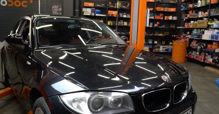 Patstāvīga BMW 1 Coupe (E82) 135i 3.0 2008 Gaisa filtrs nomaiņa - tiešsaistes pamācība