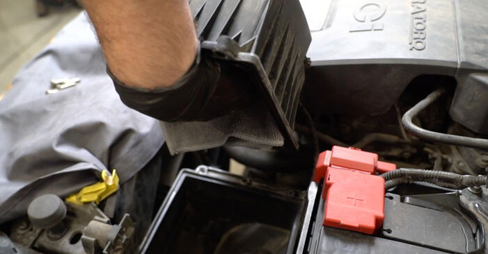 How to replace Air Filter on FORD Fiesta Mk6 Hatchback (JA8, JR8) 2013: download PDF manuals and video instructions