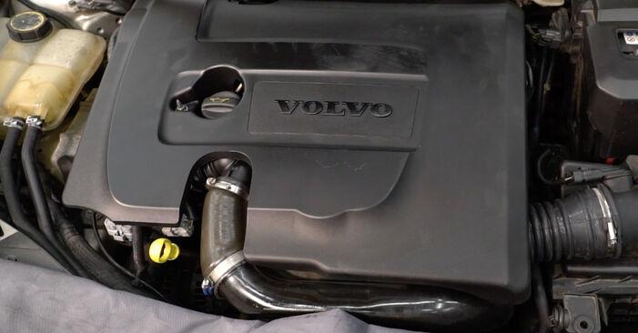 Byta Volvo v50 mw 1.6 D 2005 Bränslefilter: gratis verkstadsmanualer