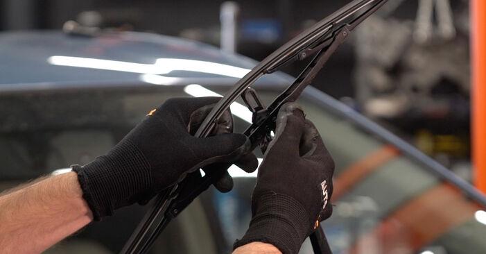 Scheibenwischer Toyota Prius 2 1.5 (NHW2_) 2005 wechseln: Kostenlose Reparaturhandbücher