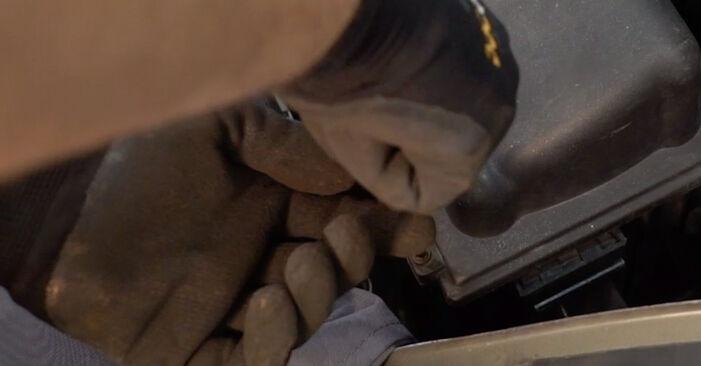 Luftfilter Citroen Xsara Picasso 1.8 16V 1999 wechseln: Kostenlose Reparaturhandbücher